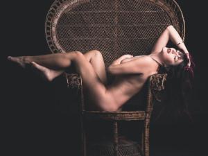 Nuda. Elisa.